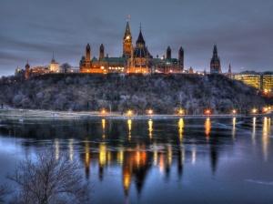 Dawn_at_Ottawa's_Parliament_Hill